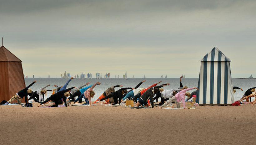 Beachjoogakausi 2019 käynnistyy Hanko, Hietsu Helsinki ja Espoo